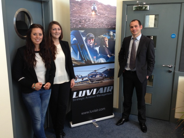 L-R: Mairie and Kylie of Luviair with Etienne Clerc of HeliSim.