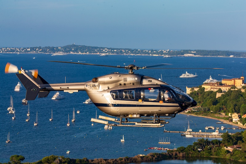 Nigel Watson Helicopter and Luxury Yachting Consulting - M-LUNA Static - M-LUNA Flying - LUNA Flying - Sailing Yachts