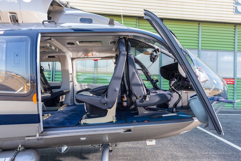 Nigel Watson Helicopter and Luxury Yachting Consulting - M-LUNA Static - Doors Open